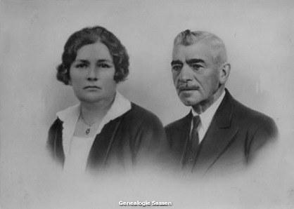 portretfoto Hubertus Johannes Marinus Sassen en Jacoba Susanna Louisa Warnars